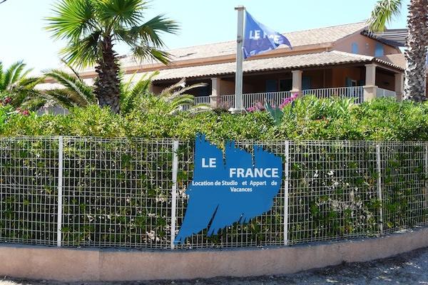 Le France : location vacances de studio et appartement
