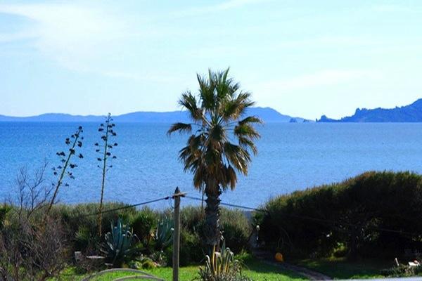 Une résidence de location vacances face à la mer